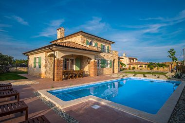 Chorwacja apartamenty wynajem z basenem nad morzem 50 72