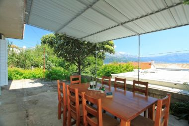 Apartamenty Jakica - family apartment with garden terrace A1 Mate(6+2) Korcula - Wyspa Korcula